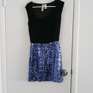 Black and blue sequined dress